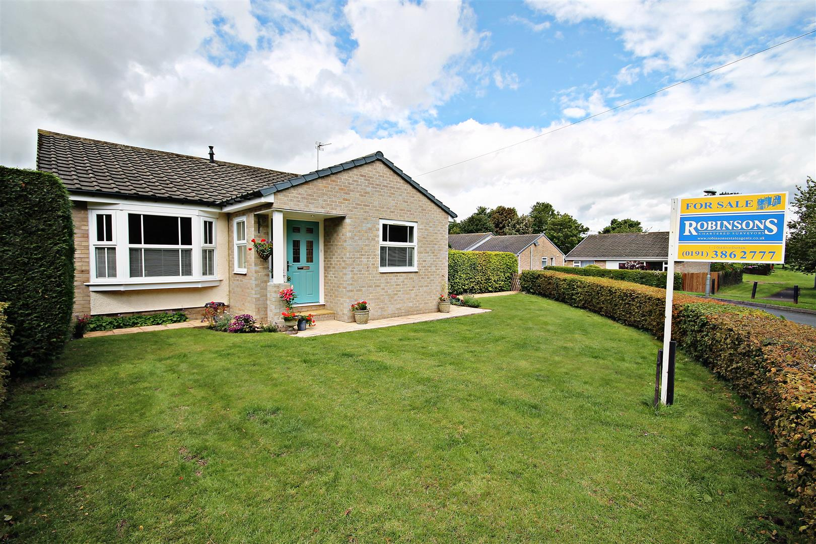 3 Bedrooms Detached Bungalow for sale in Winchester Drive, Brandon, Durham